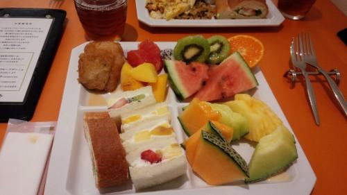 DSC 3464 500x281 新宿高野フルーツバー☆食べ放題に当日席で行ってきました