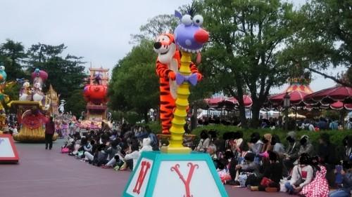 DSC 5478 500x281 35周年パレード【画像あり】ドリーミングアップとアラジンの謎(笑)