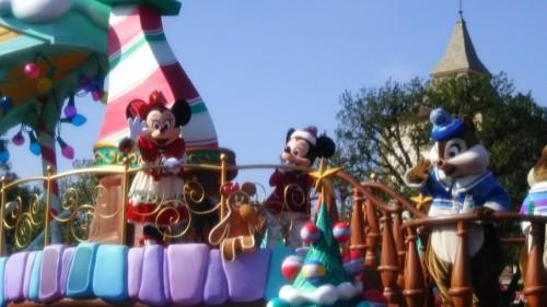 DSC 7314 500x281 ディズニークリスマス初日にパレードを見ました!待ち時間など